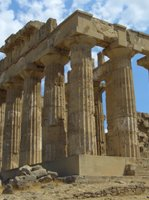 Sicily Holidays - historic settings