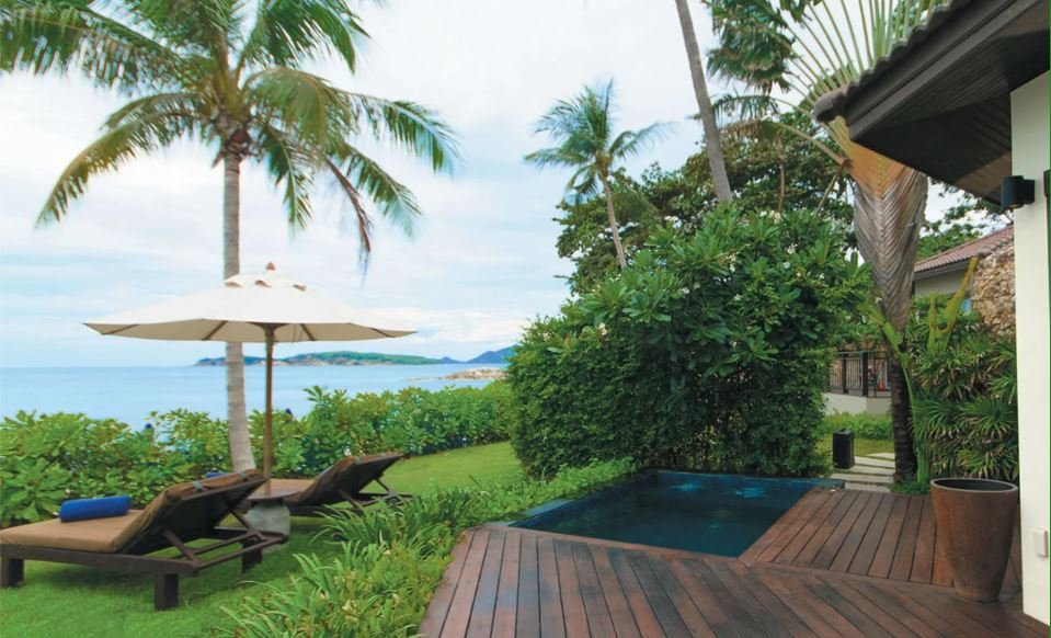 92 16312 beachfront%20plunge%20pool%20suite.jpg Scale downsizeOnly 1 size 800x800 - beach wedding thailand